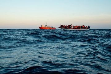 Aid ship rescues over 300 people in Mediterranean in just days.(pic credit: https://twitter.com/seaeyeorg)
