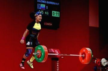 Ecuadorian weightlifter Barrera captures Olympic gold by huge margin