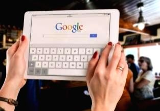 Google to expand real-time caption tool to Chrome browser