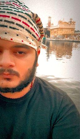 'Kabir Singh' singer Vishal Mishra recovers from Covid-19.