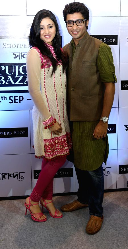 Actors Ridhima Ghosh and Gaurav Chakrabarty during a programme in Kolkata on Sept 4, 2014.