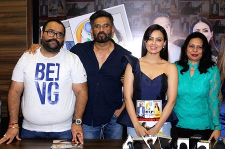 Suneil Shetty and Sana Khan at the launch of a magazine