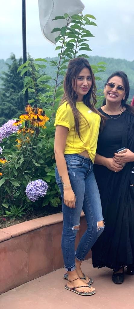 Actress Mahira Sharma with her mother Sania. - Mahira Sharma