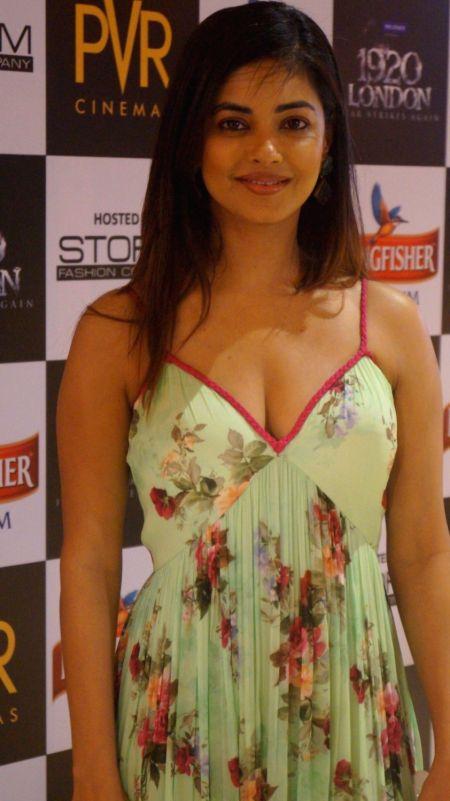 Actress Meera Chopra during the premiere of film 1920 London in Mumbai, on May 6, 2016. - Meera Chopra