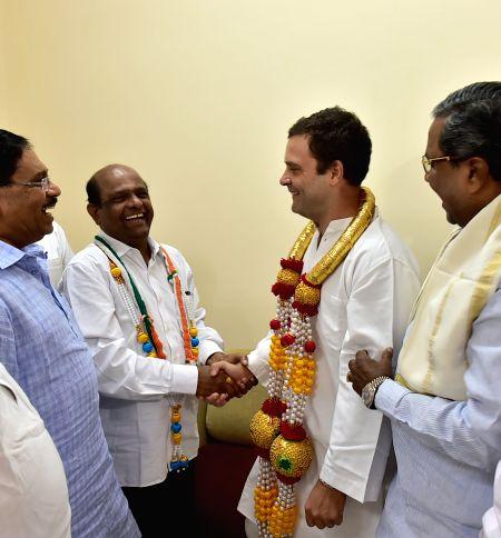 Dhananjaya Kumar meets Rahul Gandhi