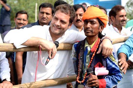 Patan (Gujarat): Rahul Gandhi visits Patan