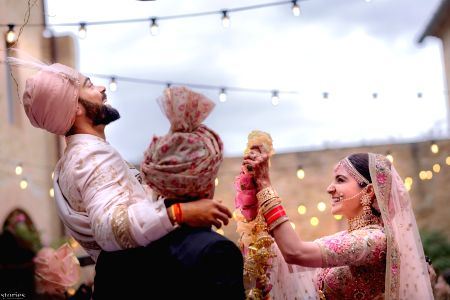 Meet the new Virushka:Virat weds Anushka in Florence Italy