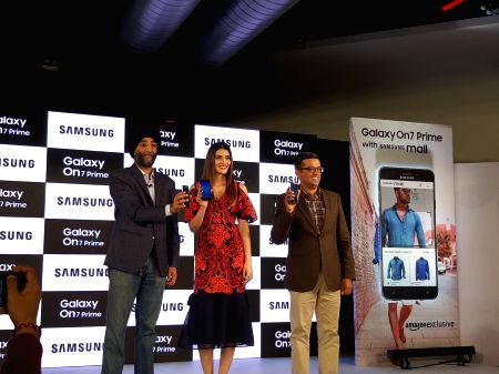 Free Photos: Galaxy On7 Prime with 'Samsung Mall' now in India