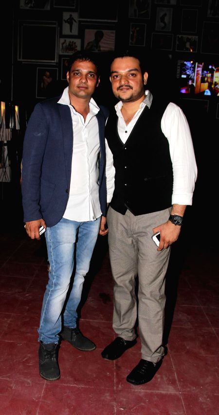 Hosts Harpreet Singh Ahluwalia and Adarsh Shetty during the launch of Rude Lounge`s Powai branch opening in Mumbai on June 14, 2014. - Harpreet Singh Ahluwalia and Adarsh Shetty