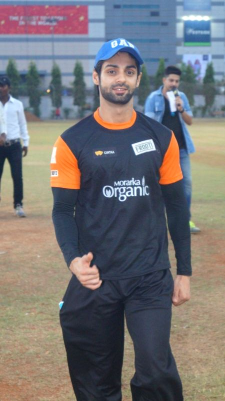 Jay Bhanushali, Karan Wahi  and Other TV Celebs Join Gold Cricket Charity Match in Mumbai on May 20, 2016.