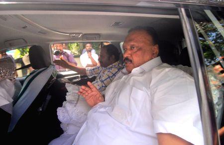 Thomas Chandy finally resigns as Kerala minister