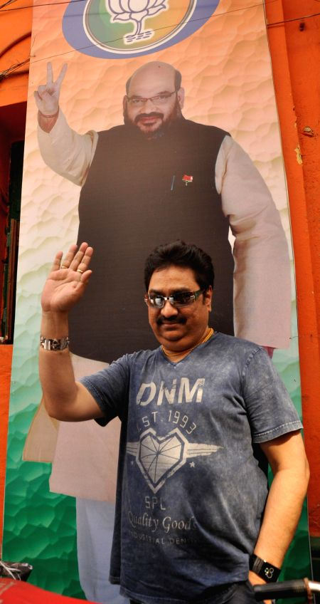 BJP leader and singer Kumar Sanu with West Bengal BJP chief Rahul Sinha sharing a light moment at party office in Kolkata on Jan 27, 2015. - Rahul Sinha