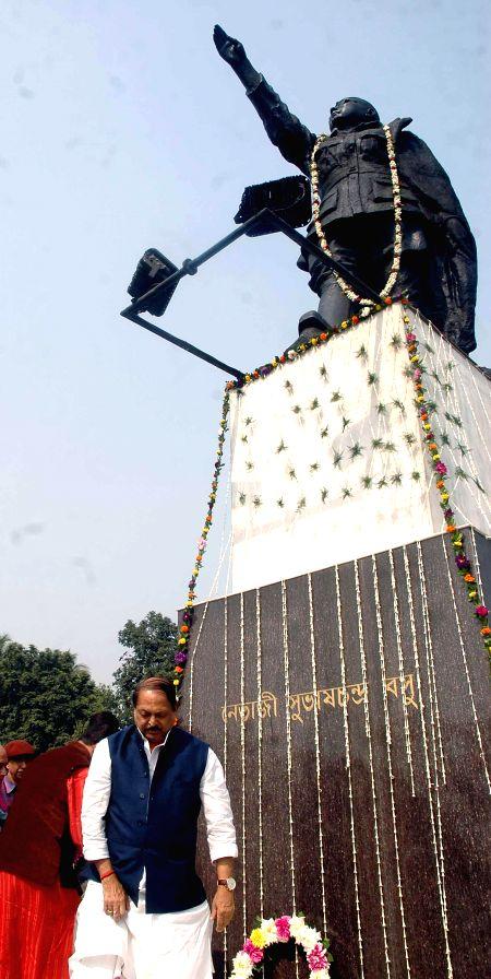 West Bengal Panchyat Minister Subrata Mukherjee pays tribute to Netaji Subhas Chandra Bose on his birth anniversary in Kolkata, on Jan 23, 2015. - Subrata Mukherjee