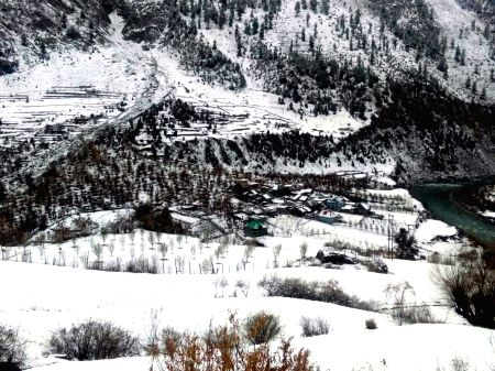 Lahaul and Spiti (Himachal): Snowfall
