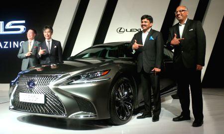 Lexus launches LS500h