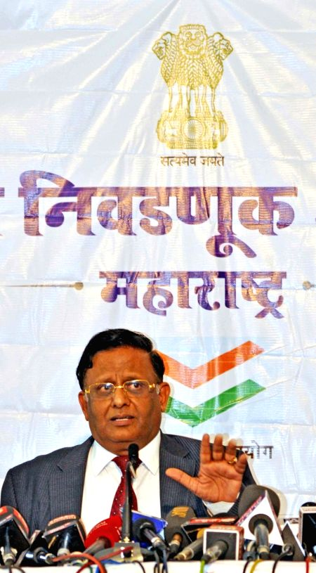 Maharashtra State Election Commissioner (SEC) Jageshwar S Saharia addresses a press conference to announce corporation elections at Sachivalaya Gymkhana in Mumbai, on Jan 11, 2017.