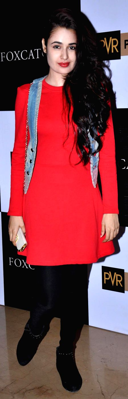 Yuvika Chaudhry at Hollywood film Foxcatcher premiere in Mumbai on 28th Jan 2015