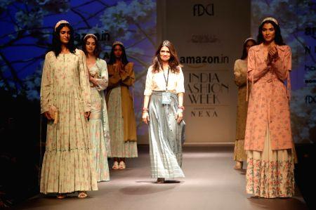 Amazon India Fashion Week Summer Spring 2017 - Pinnacle Shruti Sancheti
