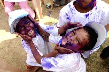 Uninor Holi event for NGO children
