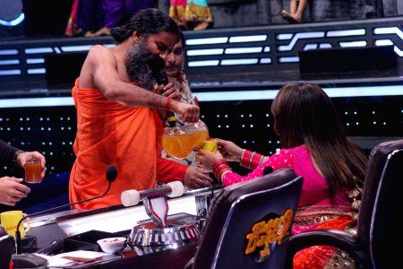 Ramdev, Shilpa Shetty on the sets of