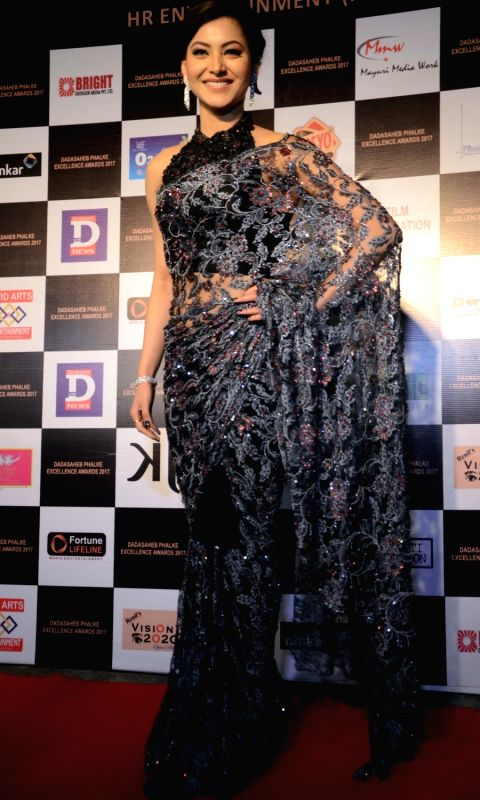 actress-urvashi-rautela-at-the-dadasaheb-phalke