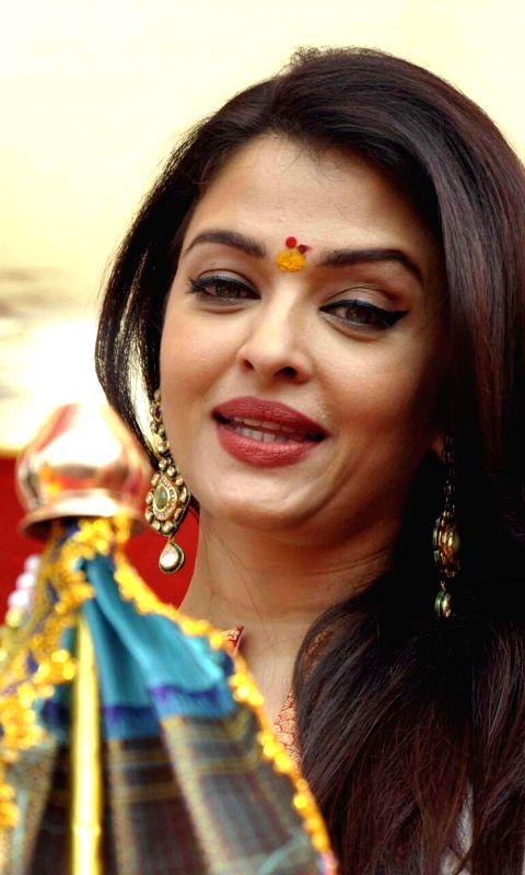 Actress Aishwarya Rai Bachchan celebrates Gudhi Padwa during a rally organised by MNS in Mumbai on March 21, 2015.