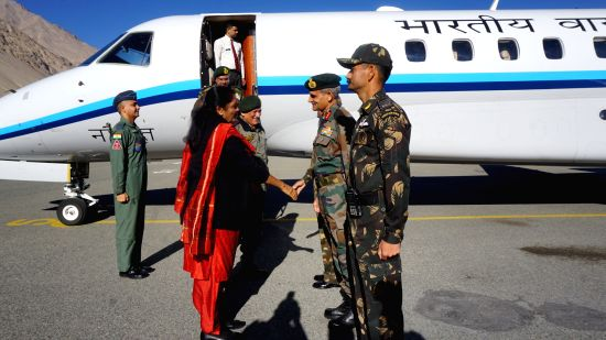 Defence Minister Smt Nirmala Sitharaman being received at Thoise by GOC Ladakh Corps (Fire  and Fury Corps) Lt Gen S K Upadhya on Saturday, 30 September 2017. Also seen in the picture is Chief of the ...