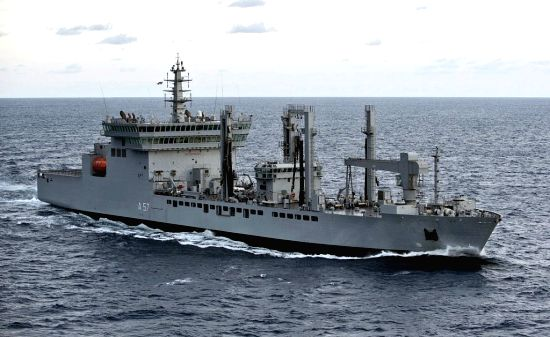 Indian Navy rushes fleet replenishment tanker - INS Deepak to Kochi with 8 Lakh litres of drinking water as part of relief work for Kerala floods, from Mumbai on Aug 18, 2018.(Image Source: IANS/PIB)
