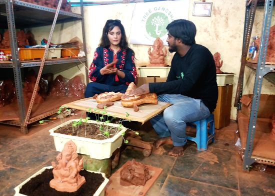 Richa Chadha and artist Dattadri Kothur