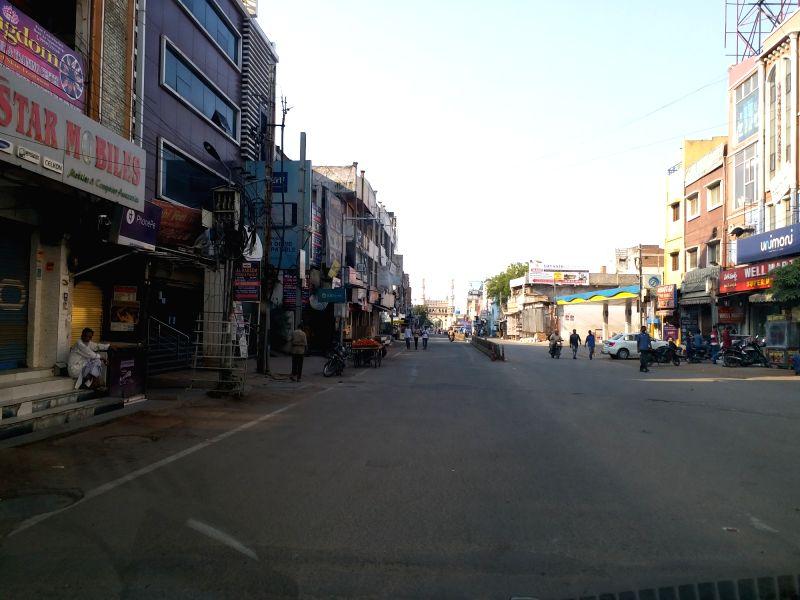 21-day lockdown to derail India's economic juggernaut: Report (Photo: IANS)