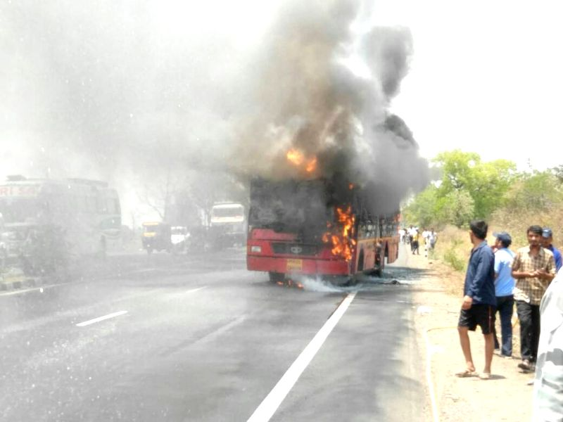 A bus catches fire in Nagpur on May 7, 2017.