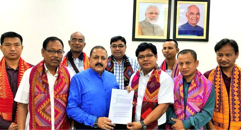 A delegation from Garo Hills calls on Union DoNER Minister Jitendra Singh,in New Delhi, on July 17, 2018. - Jitendra Singh