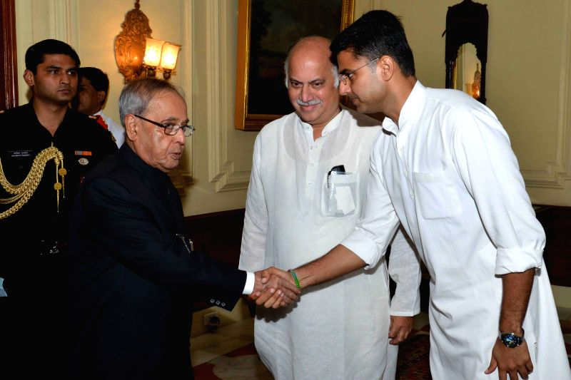 A delegation of Congress leaders led by Sachin Pilot calls on President Pranab Mukherjee at Rashtrapati Bhavan in New Delhi, on Aug 11, 2015. - Pranab Mukherjee