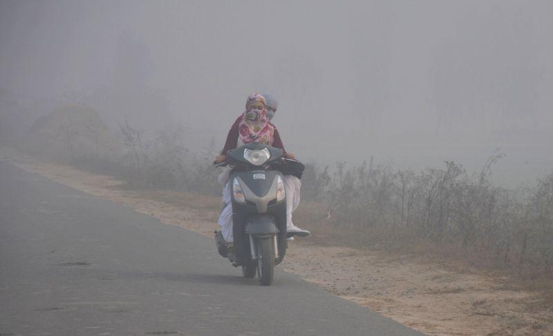 A foggy day in Amritsar on Dec 7, 2015.