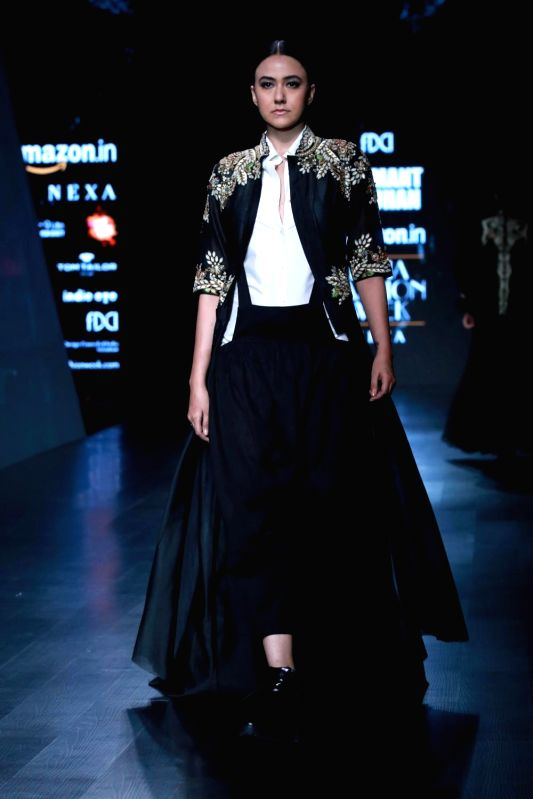 Amazon india fashion week autumn winter 2018 samant chauhan for How to be a fashion designer at 14