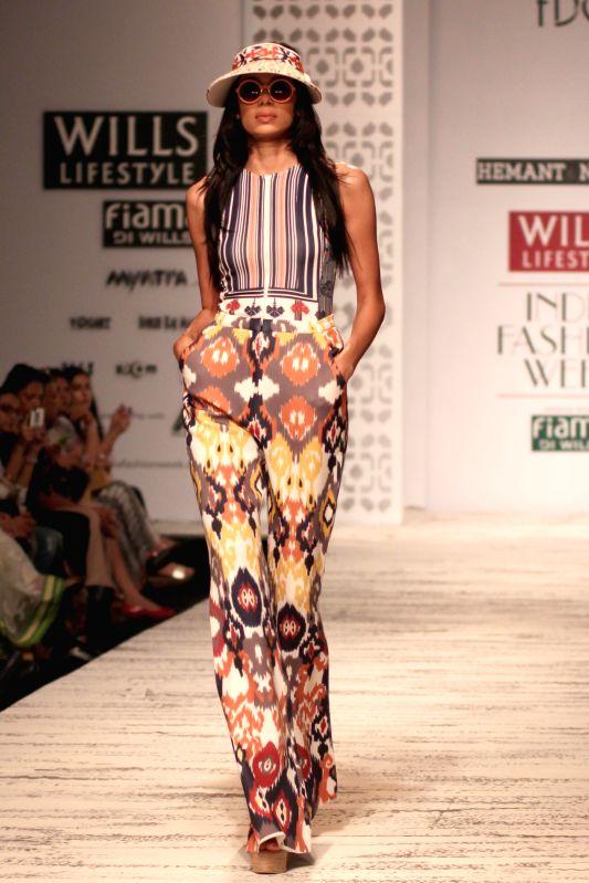Wills Lifestyle India Fashion Week Summer Spring 2015 Hemant And Nandita