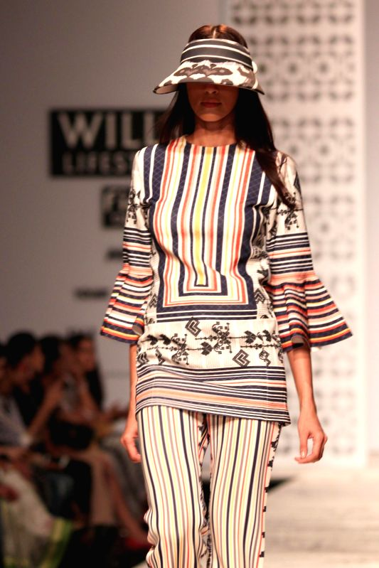 Wills Lifestyle India Fashion Week Summer Spring 2015 Pallavi Mohan