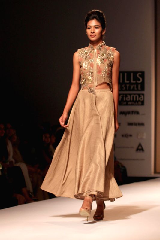 Wills Lifestyle India Fashion Week Summer Spring 2015 Kavita Bhartia