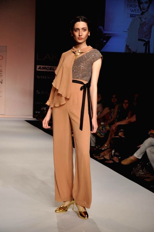 How To Become A Model In Lakme Fashion Week