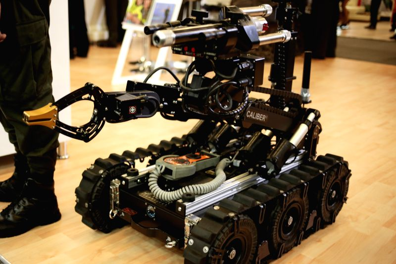 A robot is on display during the international exhibition Expodefensa 2015, in Bogota, Colombia, on Nov. 30, 2015. (Xinhua/Juan Paez/COLPRENSA) (jp)
