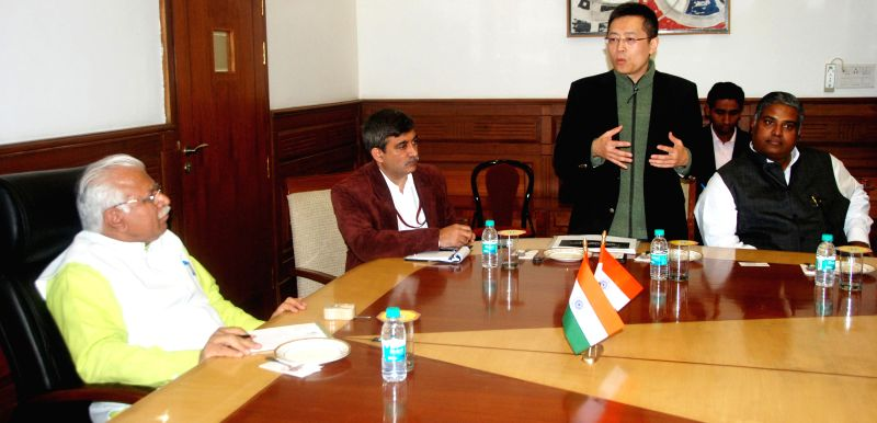 A Taiwanese business delegation calls on Haryana Chief Minister Manohar Lal Khattar in Chandigarh, on Feb 6, 2015. - Manohar Lal Khattar