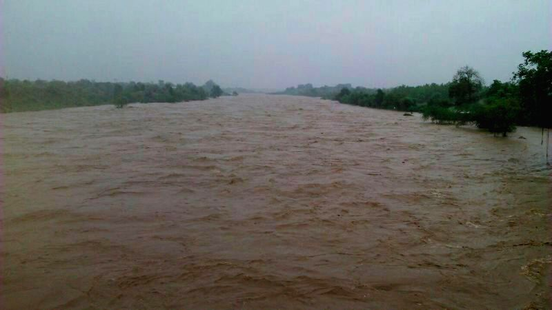 A view of flooded Purna river in Amravati on July 28, 2014.
