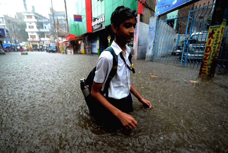 A view of flooded streets of Patna on Aug 9, 2016.