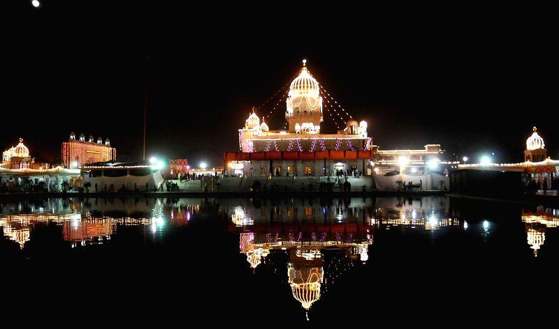 A view of Gurudwara Bangla Sahib on the eve of Guru Nanak Jayanti in New Delhi, on Nov 24, 2015.