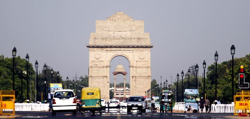 A view of India Gate on a hot day in New Delhi on April 30, 2014.
