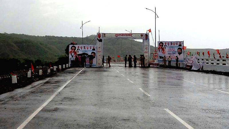 Bridge in Maharashtra built in record 165 days: Government
