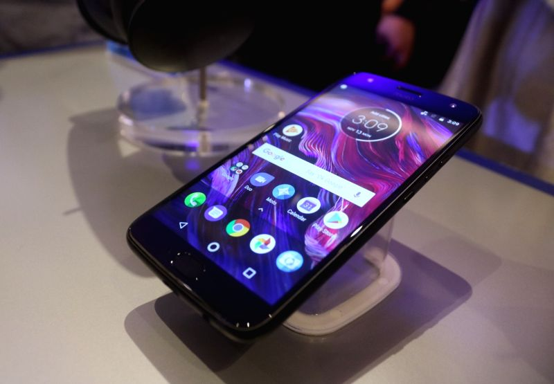 Motorola launches Moto X4