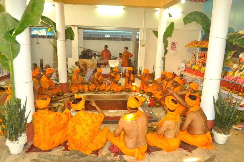 A yajna being performed at Cooch Behar Palace to pray for rains in Cooch Behar of West Bengal on May 2, 2014.