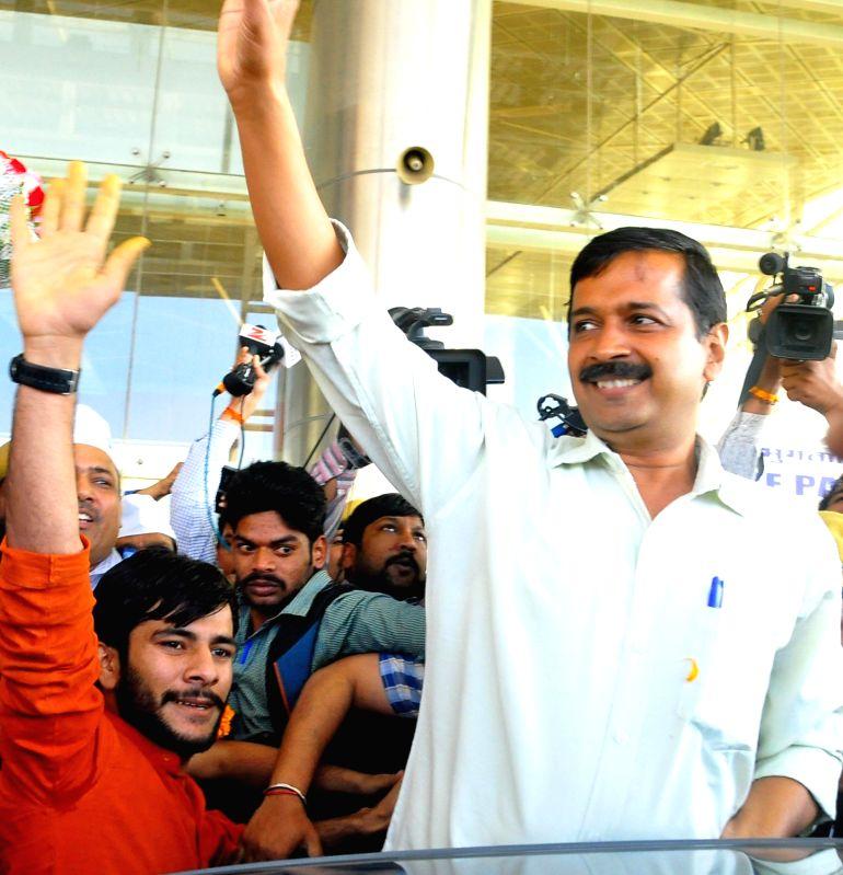Arvind Kejriwal at Sanganer Airport