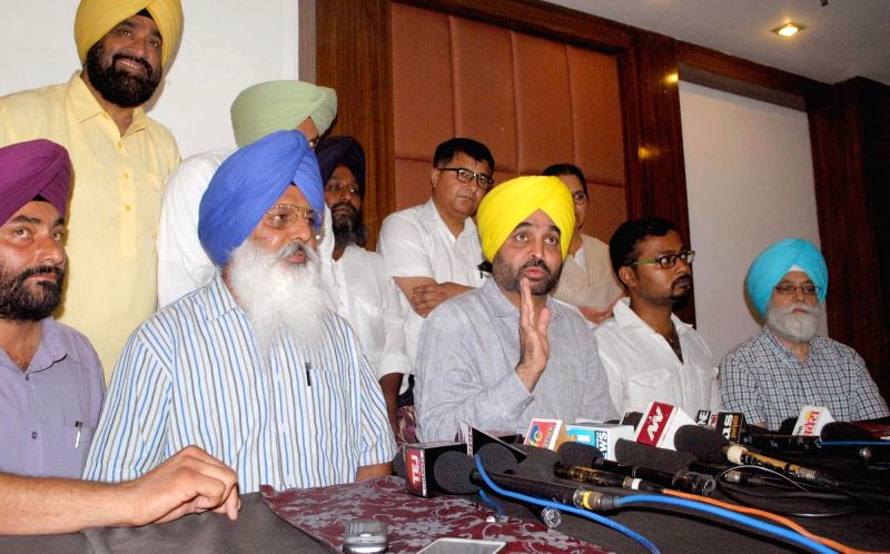 Aam Aadmi Party (AAP) leader Bhagwant Maan addresses a press conference in Amritsar, on May 21, 2016.